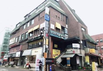 신사동 유명 프랜차이즈 건물 매각