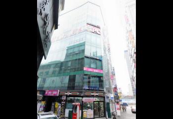 [종로] 유명축구선수! 종각역 젊음의 거리內 건물 매각!