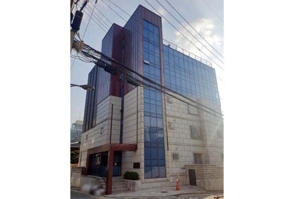 강남 황금노선 9호선내 삼면코너 근생 건물