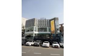 삼청동 메인상권 신축급 통임대 빌딩